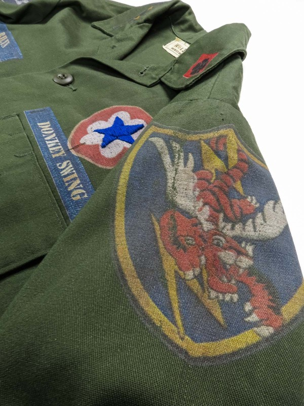 American military shirt with patch-effect